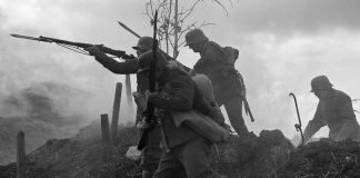 Soldiers go over the front line